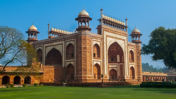 The Splendour Of Agra