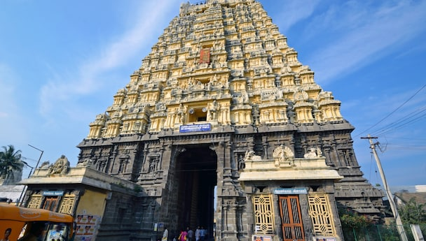 Kanchipuram And Mahabalipuram Weekend Leisure.