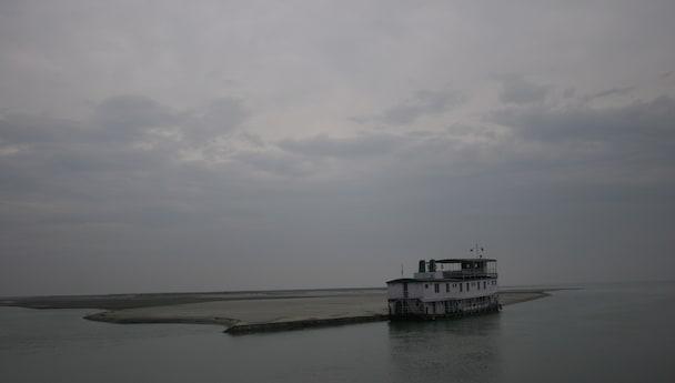 Amazing Assam - Guwahati, Sualkuchi & Pobitora Sanctuary!