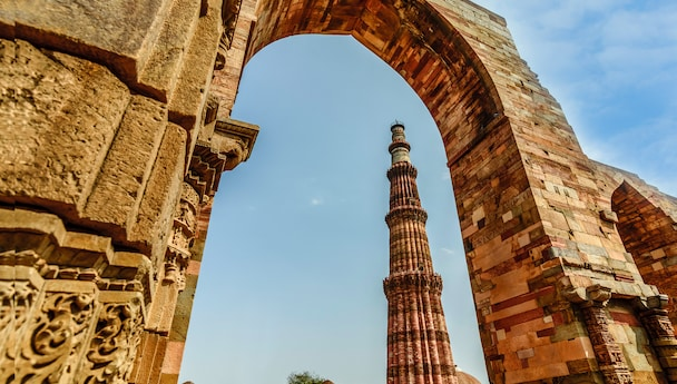 Historical Monuments- Delhi And Agra Tour