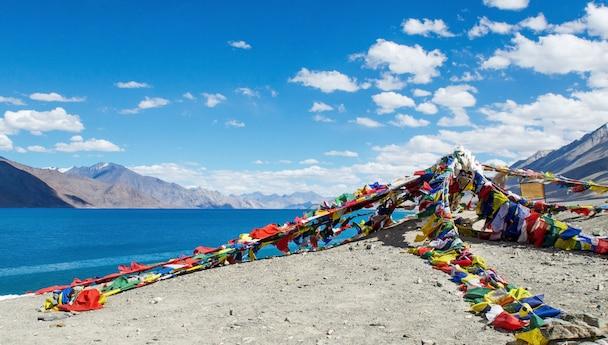 Ladakh Panorama Monday & Thursday with 3 Roses (July - Sept)