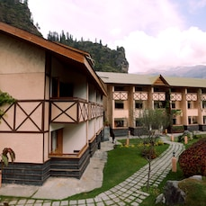The Solang Valley Camp Retreat