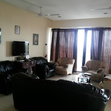 STAYMATRIX Service Apartment @ Worli Seaface(897)