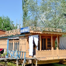 Heide Palace Houseboat