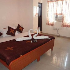 TG Rooms Subhash Nagar