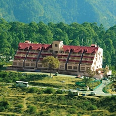 Dynasty Resort, Khurpatal