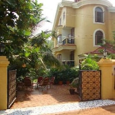 Portuguese Inspired Architecture Guest House In Candolim
