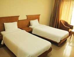 Super Saver 2 Star Budget Hotel Behind North Railway Station