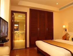 Super Saver 4 Star @ Banjara Hills