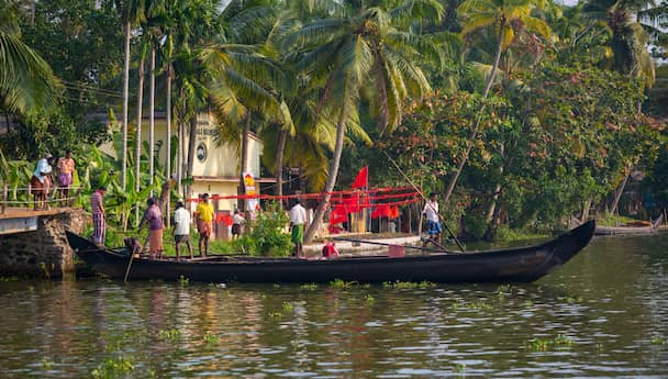 Exploring Kerala!  Deluxe