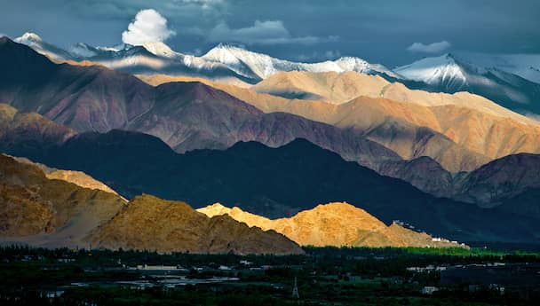 Ladakh Panorama Tuesday & Wednesday with Silk Route (July - Aug)