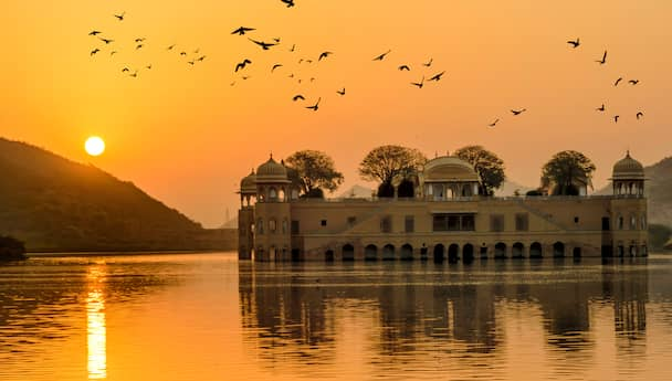 Royal Rajasthan - Splendid Heritage & Holy Pushkar Tour