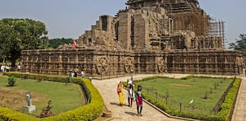 Legend of the Konark Sun Temple – or the Black Pagoda