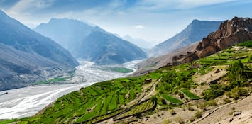 3 Offbeat Summer Destinations for the Avid Traveller in India