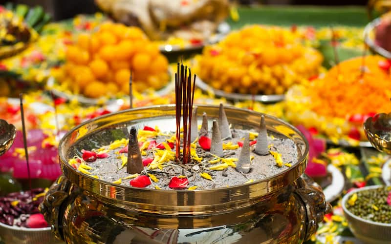 4_Unique_New_Year_Celebrations_across_India_1_uczibm. Sikkim. Enjoy New Year  Celebrations?