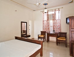 Shree Vilas Resort