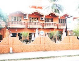 Ruffles Beach Resort - Candolim