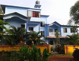 Morjim Sunset Guest House