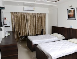 Sandalwood Hotel & Retreat