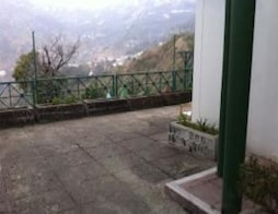 Quaint Cottage Away From The Madness Close To Mussoorie