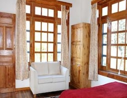 Stay In Cottage At Manali