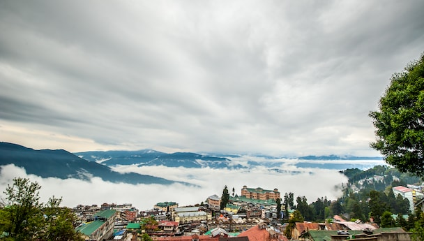 Fascinating Darjeeling, Mirik & Gangtok Luxury Tour