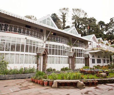 Hotel Mount View & Spa,Dalhousie