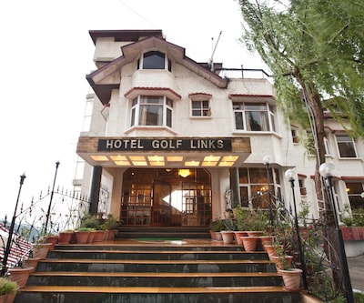 Hotel Golf Links,Shimla