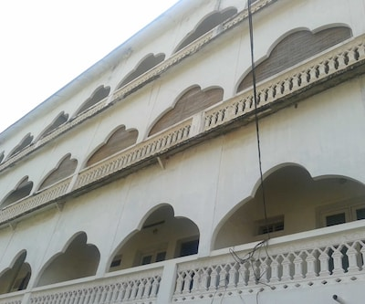 Royal Grace Tourist Home,Cochin