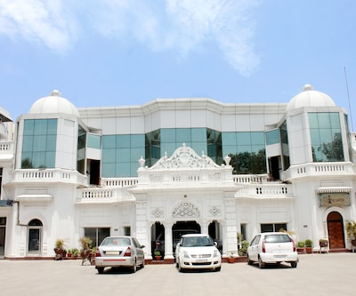Hotel Deep Palace,Lucknow