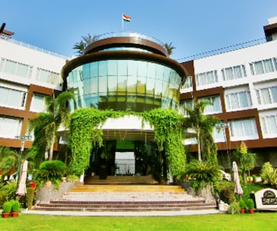 Hotel Dayal Paradise,Lucknow
