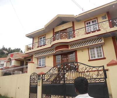 Hills Cottages,Ooty