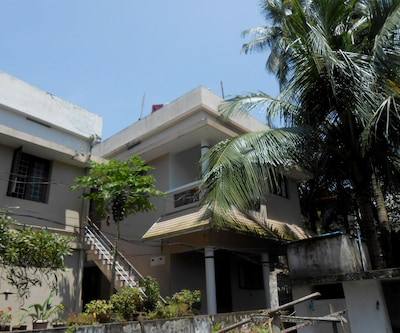 TG Stays Close to Fort Police Quarters,Cochin