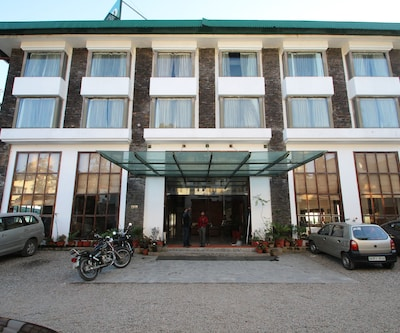 Brentwood Hotel,Mussoorie