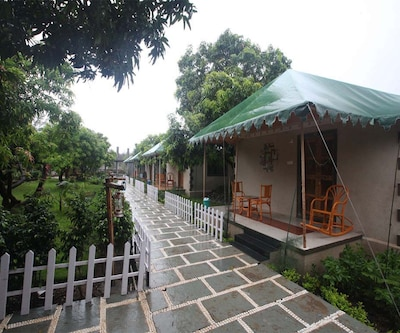 Saavaj Resort