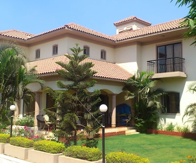 TG Stays Behind Fariyas Resort,Lonavala