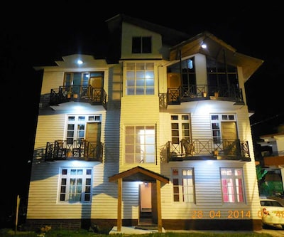 Budget Cottages,Manali