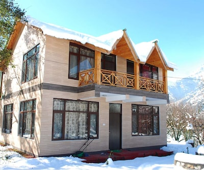 Snow Touch Resort,Manali