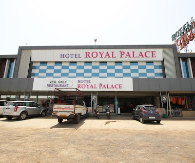 Hotel Royal Palace N Guest House