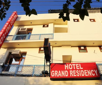 Hotel Grand Residency,Chandigarh