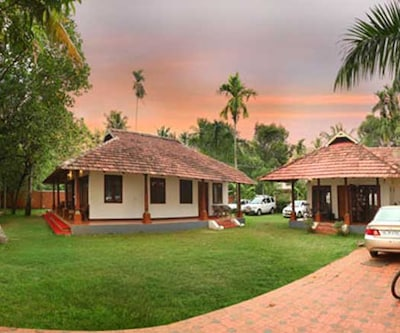 Saro Lake County,Kumarakom