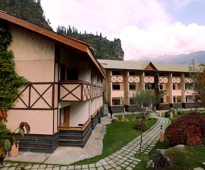 The Solang Valley Camp Retreat,Manali