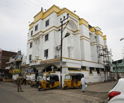 Hotel Sri Sabthagiri,Pondicherry