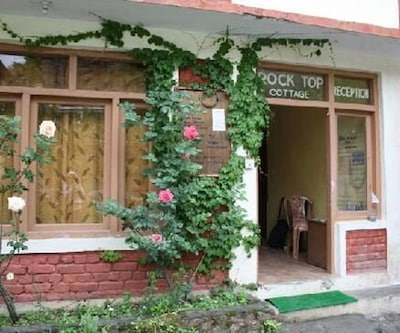 Rock Top Inn and Cafe,Manali