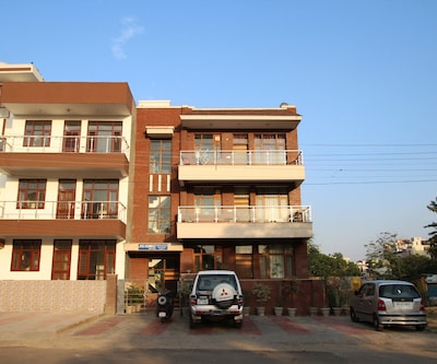 TG Stays Sector 45,Gurgaon