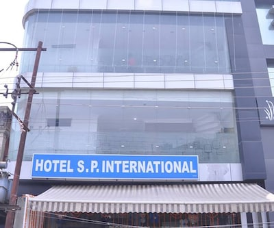 Hotel S P International,Lucknow