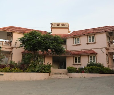 Navdeep Resort,Nathdwara