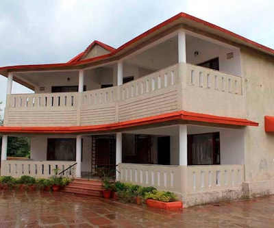 Grand Tiger Resort,Kanha
