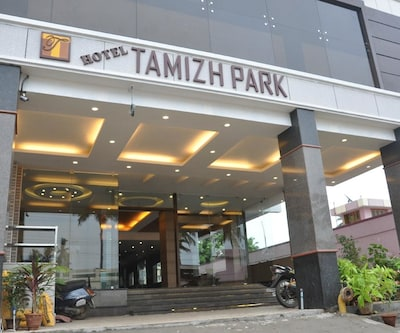 Hotel Tamizh Park,Pondicherry