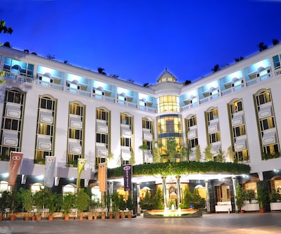 Hotel Sandesh The Prince,Mysore